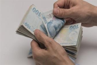 İşi bozulan esnafa 1300 lira yardım