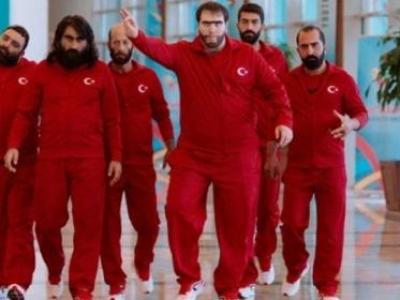 Şahan Gökbakar 'Recep İvedik 5'i paylaşanlara dava açacak