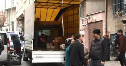 İstanbul Bağcılar'da ses gelmeye başlayan binalar tahliye edildi