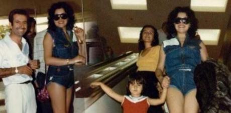 Bülent Ersoy'un geçlik fotoğrafları yıllar sonra ortaya çıktı!