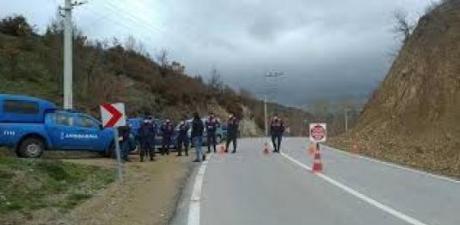 Karantinaya alınan köyde skandal iddia