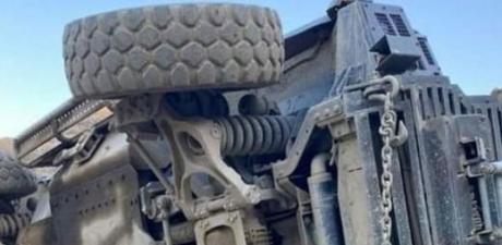 Hakkari'de zırhlı araç devrildi: