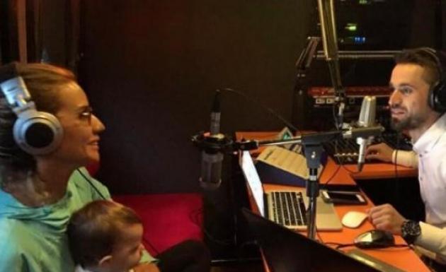 Esra Erol Radyo Programına Konuk Oldu Herkes Bayrağına Sahip Çıksın