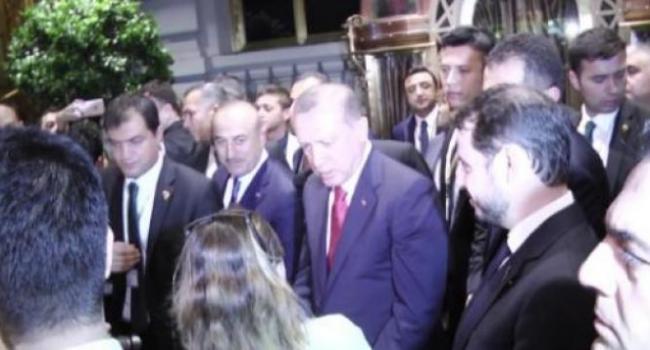 Cumhurbaşkanı Erdoğan New York'da Vakıf Yemeğine Katıldı
