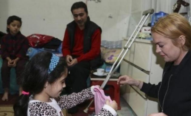 Lohan Sultanbeyli'de Suriyelilerin Kaldığı Evi Ziyaret Etti