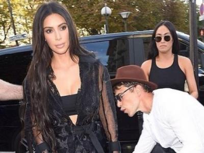 Kim Kardashian'ı Kalçasından Öpmek İstedi