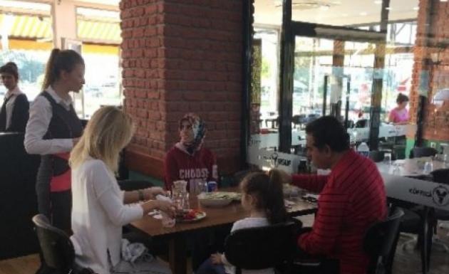 Tatlıses Kızıyla Bursa'da Hasret Giderdi