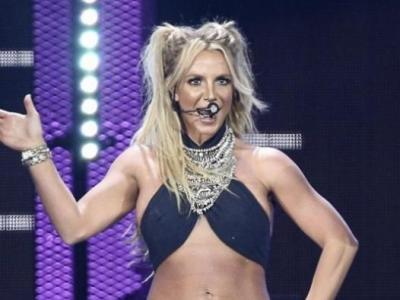 Britney Sahne Kazası