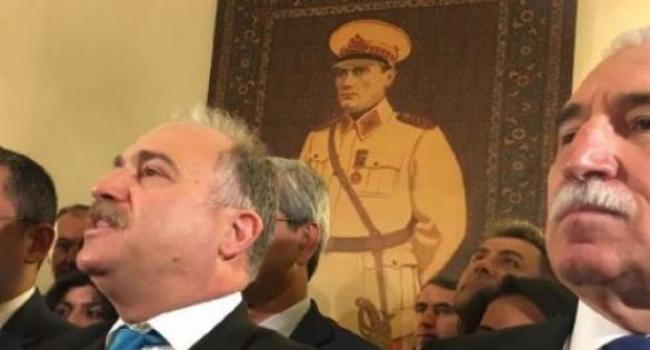 Mareşal Atatürk Portresi Yerine Asıldı