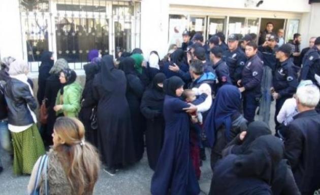 BM Kaynağı Suriyelilere Dağıtılıyor