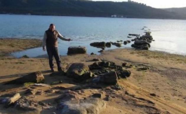 Deniz Çekildi Antik İskele Ortaya Çıktı