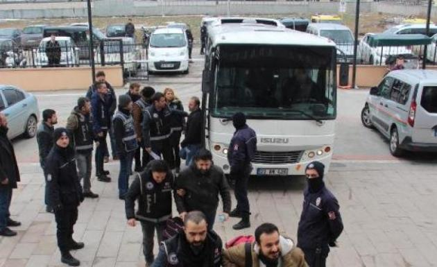 Edirne'de 12 Polis FETÖ/PYD'den Adliyeye Sevk Edildi