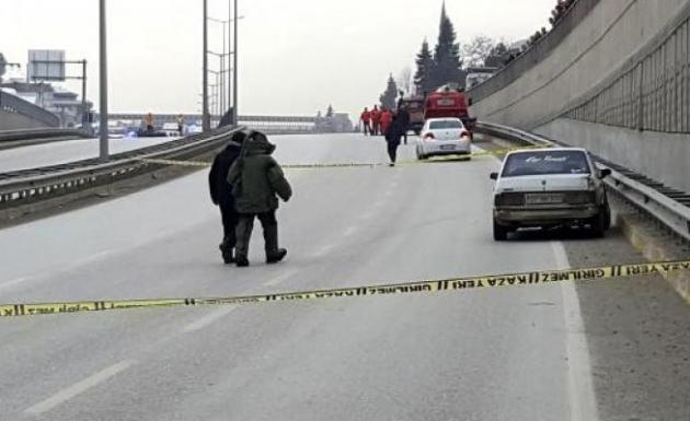 Arızalanan Otomobil Bomba Paniği Yaşattı