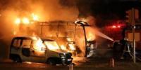 Otel Servis Aracı Alev Aldı 2 Araç Yandı