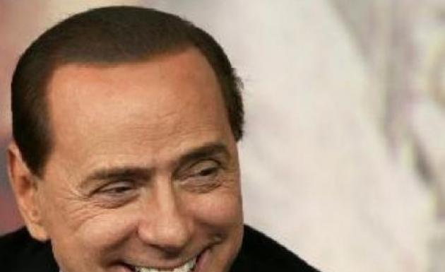 Berlusconi ile Yemek 25 Bin Euro