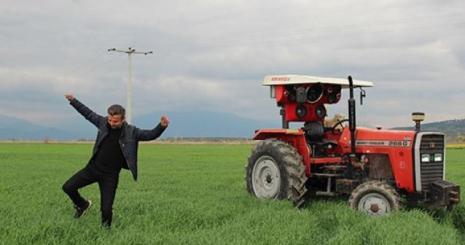 Traktöre Ses Sistemi Modifiyesi Yaptı