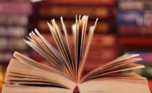 Üniversite Öğrencileri Farkındalık İçin Kitap Okuyup Yürüyüş Yaptı