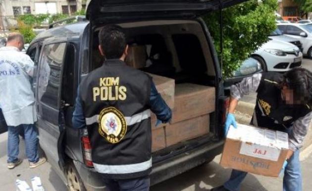 Hafif Ticari Araçta 10 Bin Paket Kaçak Sigara Ele Geçirildi