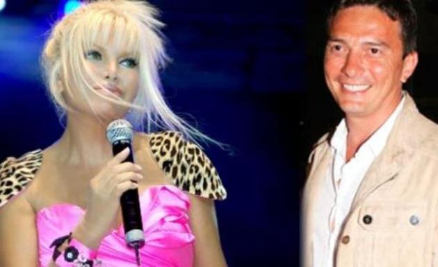 Kendisinden 22 Yaş Küçük Sevgili Yapan Ajda Pekkan'a Aileden Onay Çıkmadı