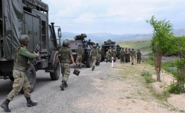 Diyarbakır'da PKK'lı Teröristlerle Çatışma: 2 Güvenlik Görevlisi Yaralandı