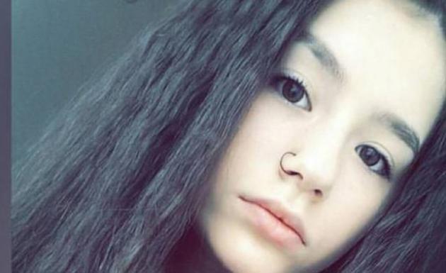Bursa'da eve kilitlenen kız, kaçmak isterken öldü