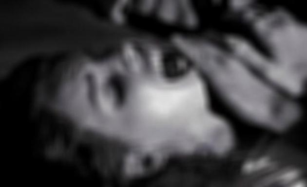 Genç kadın parkta bayılınca, korkunç gerçek ortaya çıktı