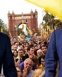 İspanya'nın Katalonya'ya Tandıdığı Süre Doldu! Özerklik Askıya Alınıyor