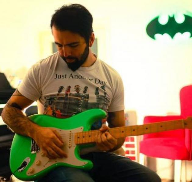 Ücretsiz Gitar Dersi