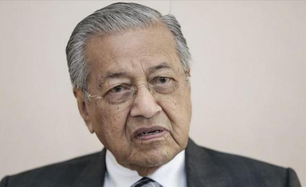 Malezya Başbakanı kasımdan sonra görevini devredeceğini açıkladı