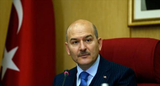 Yunanistan'ın yeni iltica başvurusu almama kararını eleştirdi