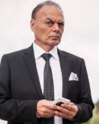 Usta oyuncu Umut Demirdelen hayatını kaybetti