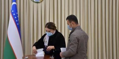 Özbekistan'da cumhurbaşkanlığı seçiminin geçerli sayılması için yeterli katılım sağlandı