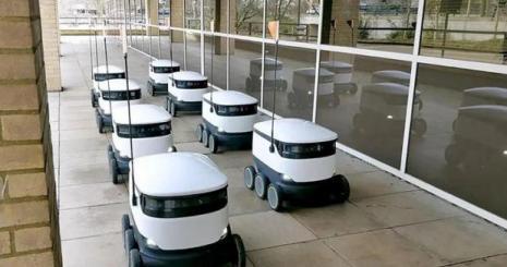 ABD'de garsonların yerini robotlar aldı